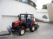 File:Tractor Belarus-320 MK-2