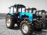 Трактор БЕЛАРУС-1221.2 фото 1