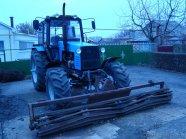 Продам трактор Беларус-1221